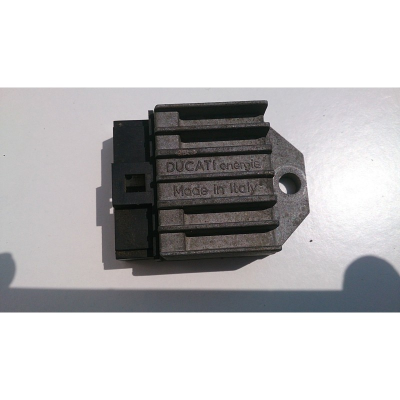 Regulator / Rectifier Yamaha Aerox 50R