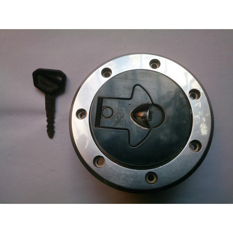 Tapon deposito gasolina Kawasaki KLE500, ZX10, GPX600, etc...
