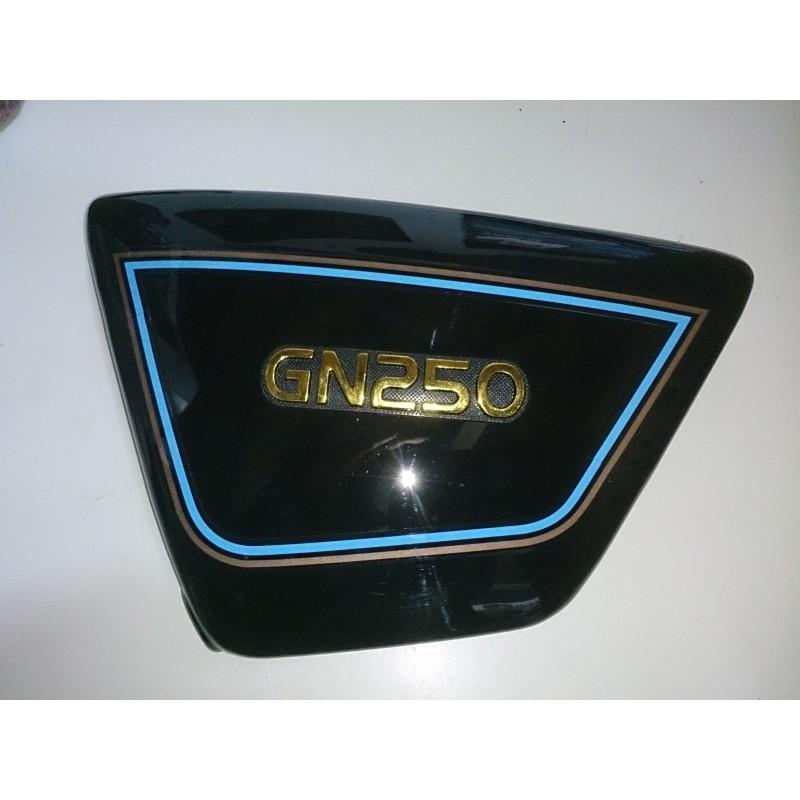 Left side cover Suzuki GN250