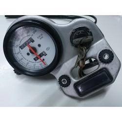 Reloj cuenta kilometros + clausor Cagiva Roadster 521