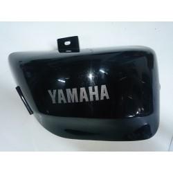 Tapa lateral dreta sota seient Yamaha Virago XV 535