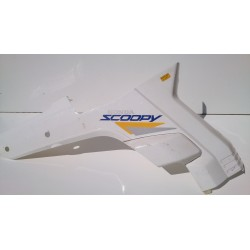 Tapa lateral derecha Honda Scoopy SH75