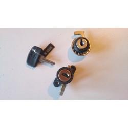 Locks set / Key set Gilera KZ 125 (Helmet and cover fuel cap)