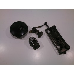 Suzuki GSX400E locks (helmet, gas cap and seat)