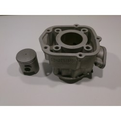 Cylinder and piston Derbi Senda 50